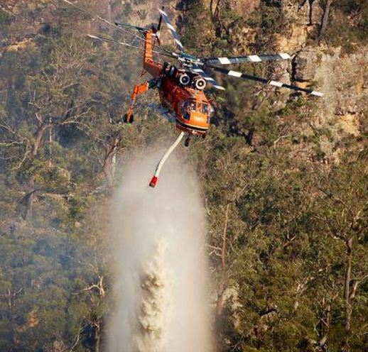 Air-Crane Camille drops on the Badgerys Lookout Fire