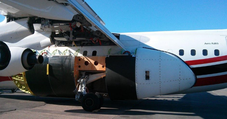 AeroFlite RJ85 side