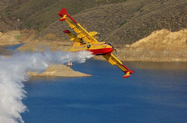 CL-415. Photo by LA County Fire Department.
