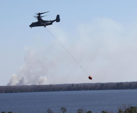 MV-22 Osprey with bucket