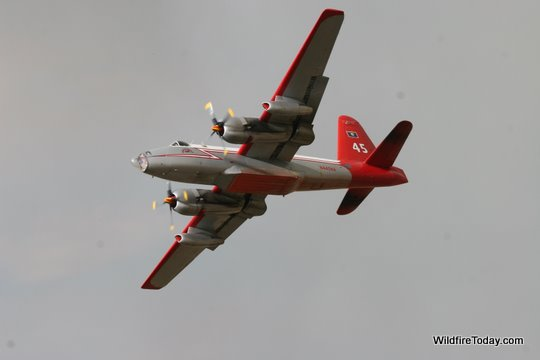 P2V whoopup fire air tanker