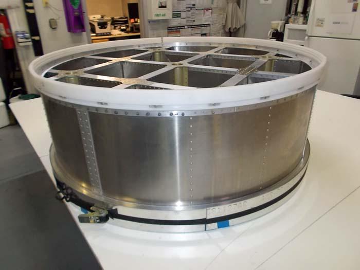 Chinook tank piston assembly