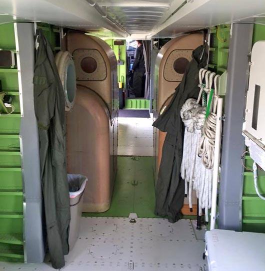 T-260 interior CL-415