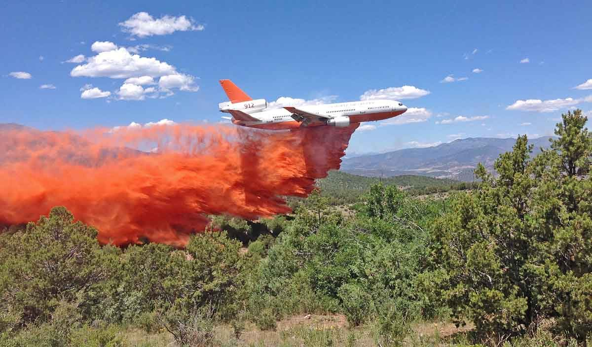 Tanker 912 on the Hayden Pass Fire