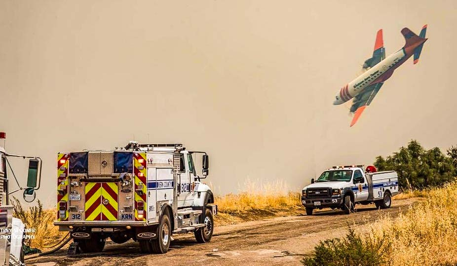 Range Fire air tanker