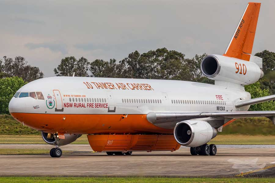 Tanker 910 arrives in Australia