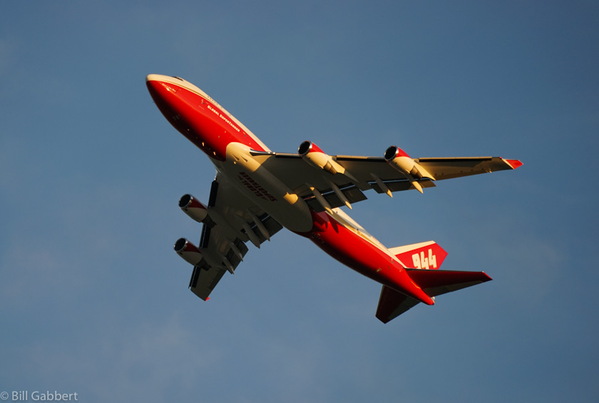 747 supertanker wildfire tanker
