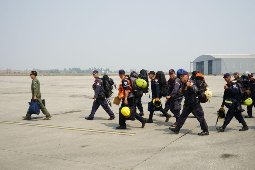 Firefighters arrive from Venezuela