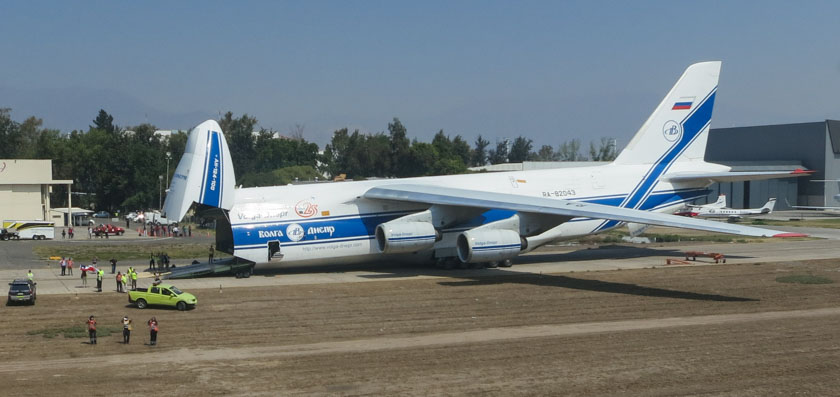 Helicopter Express sends four helicopters to Chile on Antonov AN-124