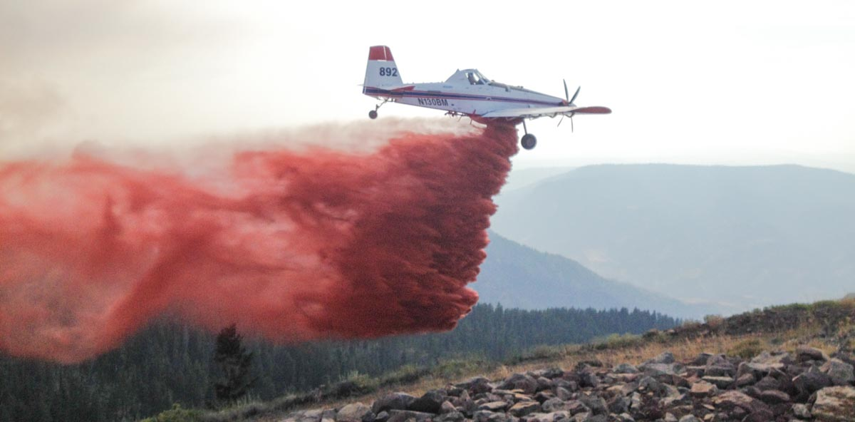 Tanker 892 single engine air tanker wildfire