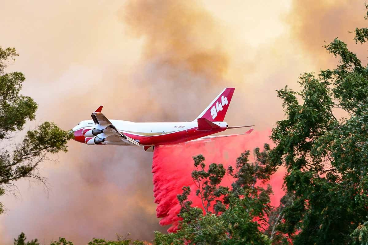 Supertanker to assist with California wine country wildfires