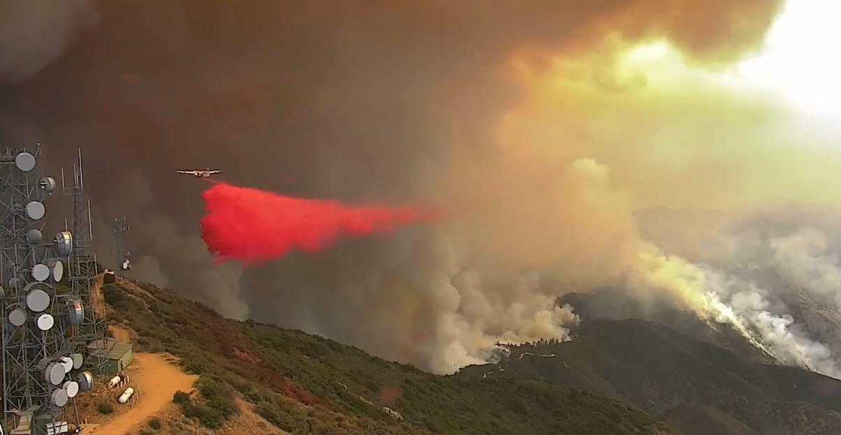 S2T air tanker Santiago Peak Holy Fire