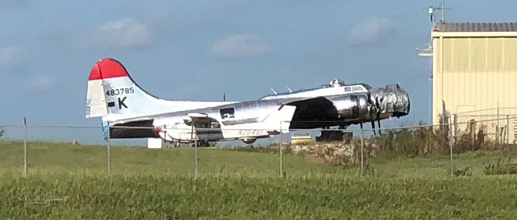 B-17 air tanker fire firefighting airtanker Mississippi Golden Triangle Airport