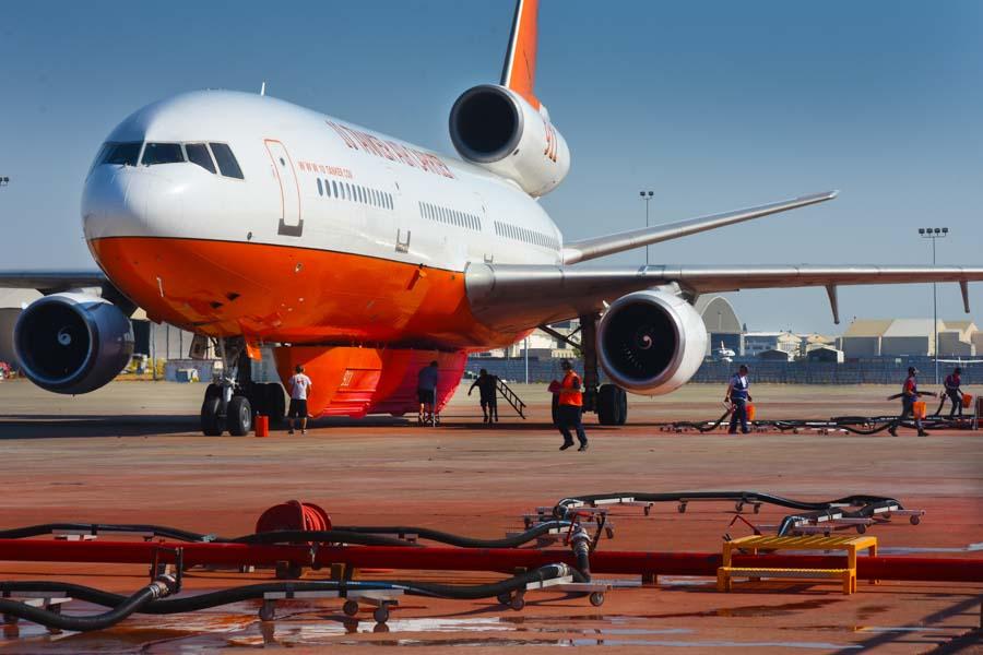 DC-10 air tanker Sacramento McClellan Airport