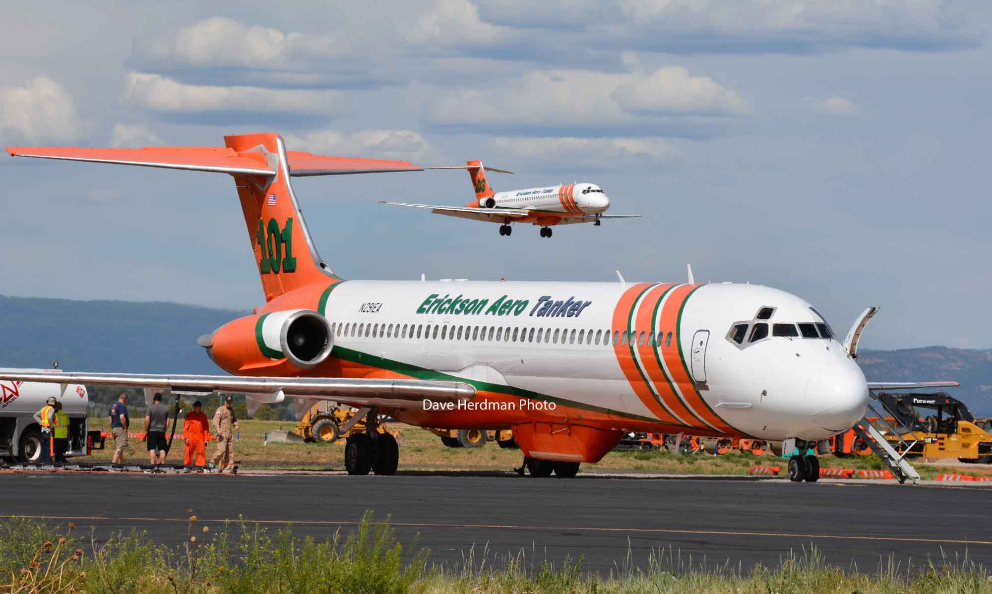 air tankers Durango MD87