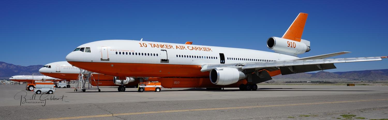 DC-10 air tanker