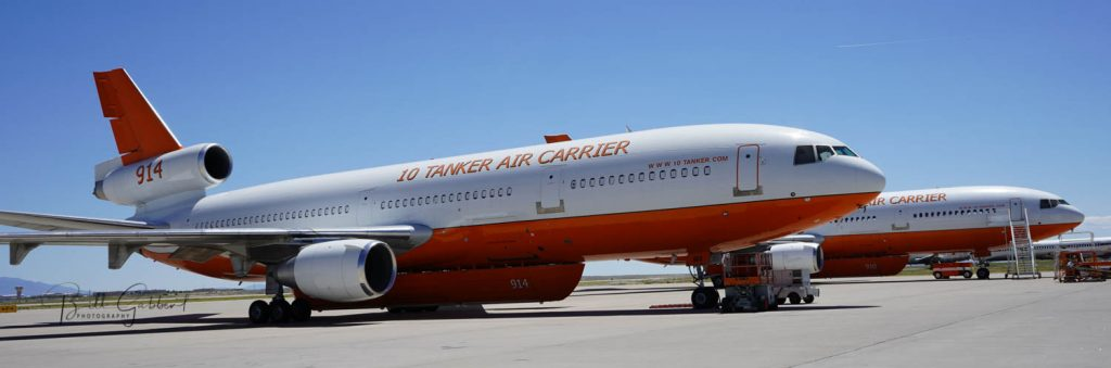 DC-10 air tanker