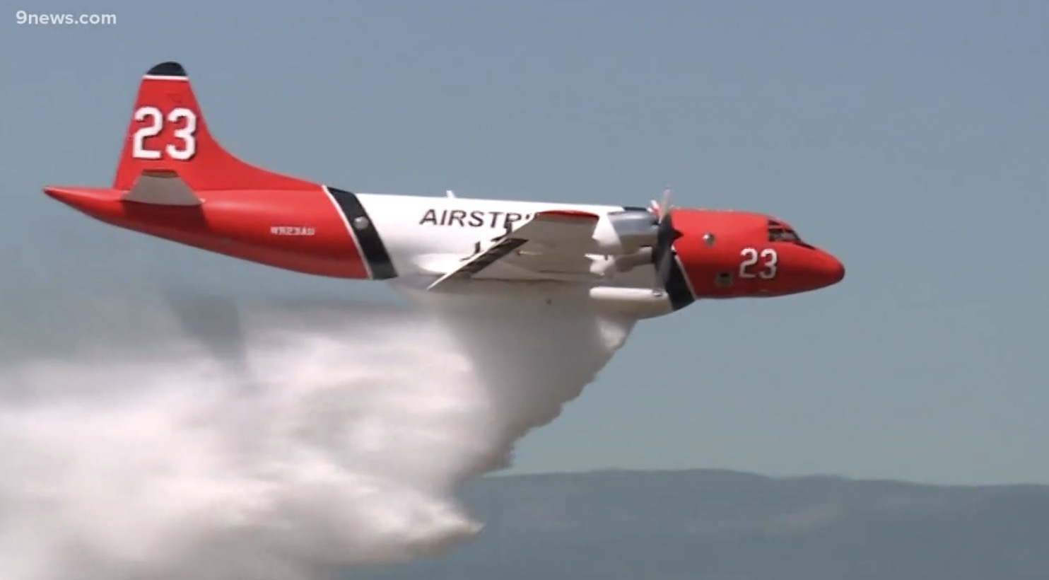 air tanker 23 P3 orion dropping