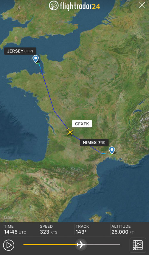 Q400MR air tanker delivery France