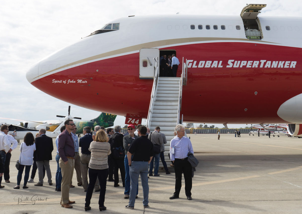 tour 747 Supertanker