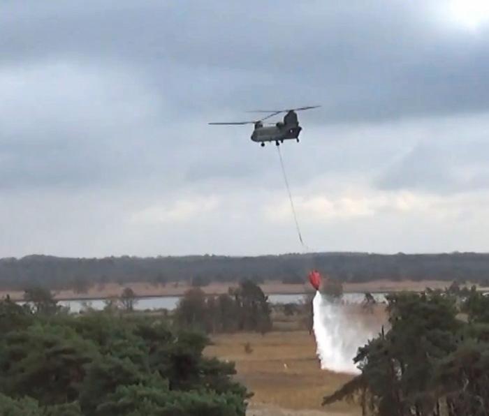 Netherlands Chinook water bucket drop