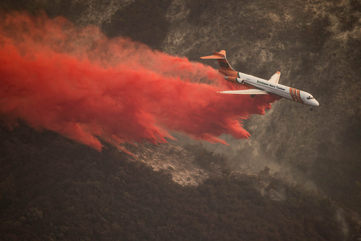 air tanker 103 Thomas Fire drops California