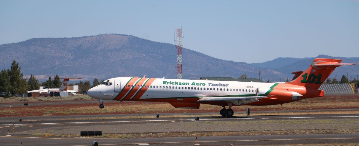 Tanker 101, an MD-87 (N291EA)