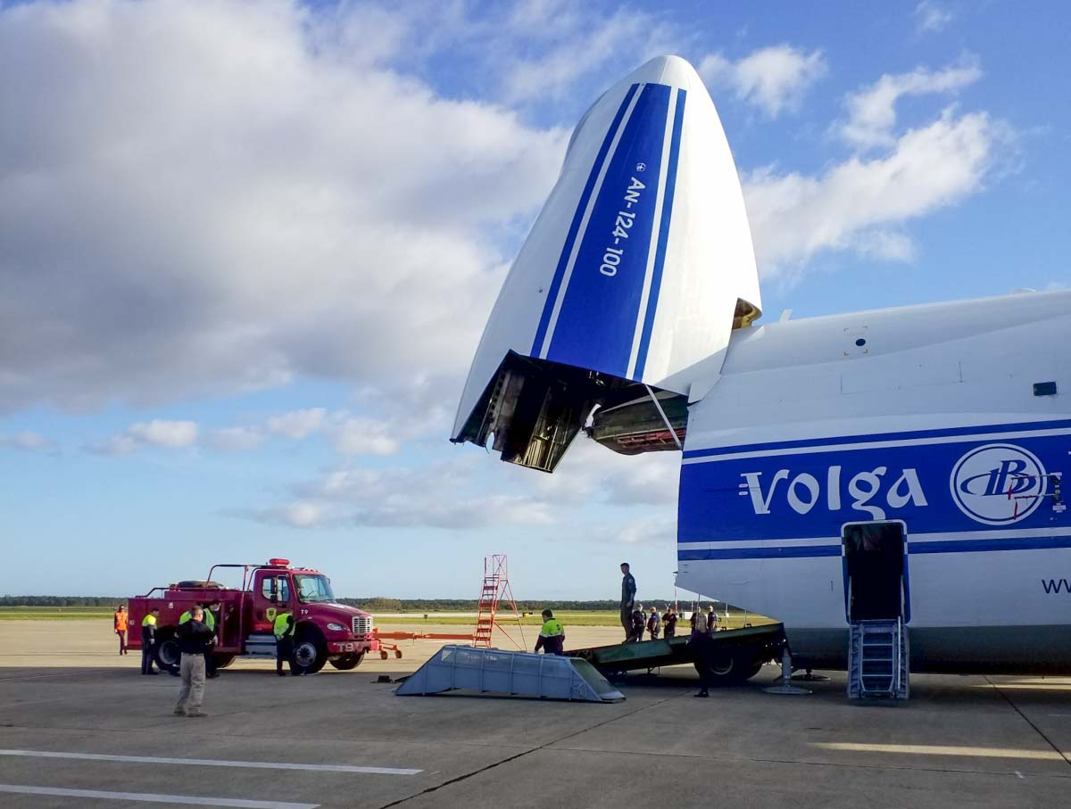 Antonov-124-100 transports New Jersey engine to California